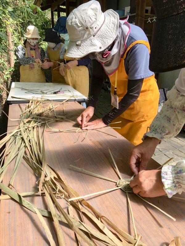 ガマの葉、コースター作り
